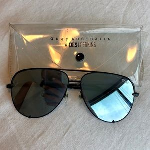 Quay oversized silver mirrored aviators